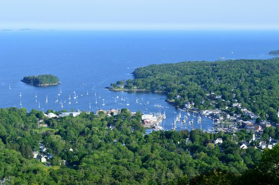 Timbercliffe Cottage Bed & Breakfast Inn: view of Camden from Mount Battie in Camden Hills State Park