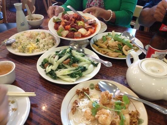 Hong Kong Clay Pot Restaurant: Deluxe dinner