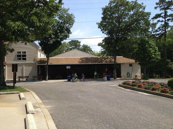 Big Timber Lake Family Camping Resort: snack bar