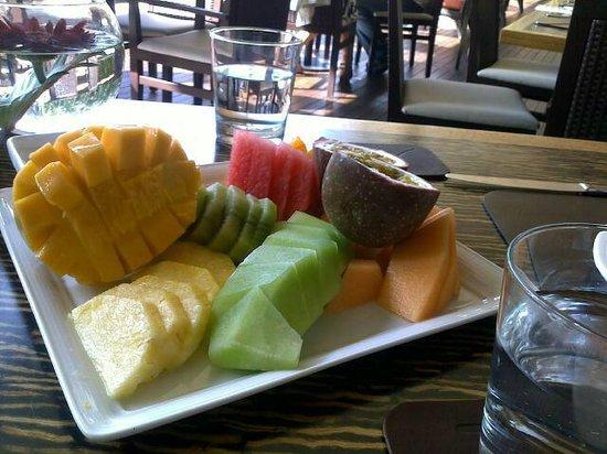 The Byron at Byron Resort & Spa: Breakfast Fruit Platter