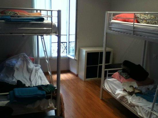 Hotel Meyerbeer Beach : Habitación para 4, con baño privado