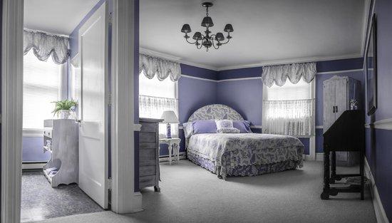 Benn Conger Inn: Blue Room