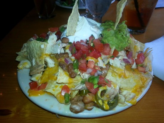 The Historic Taos Inn: Their famous nachos!