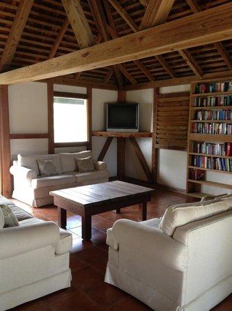 Cocobay Resort: TV room