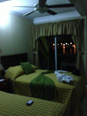 Hotel Peten: habitación