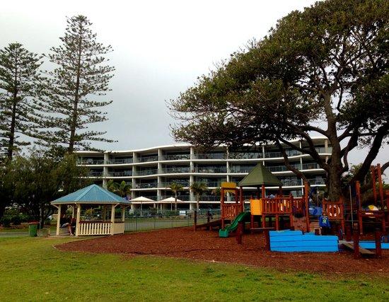Norfolks on Moffat Beach: Great kids park/playground in front of Norfolk on Moffat