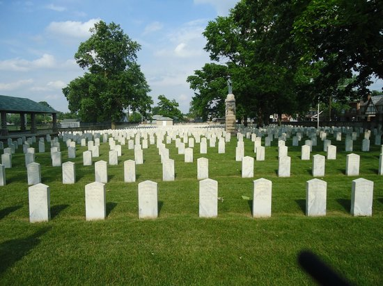 Camp Chase Confederate Cemetery: View of the Cemetery