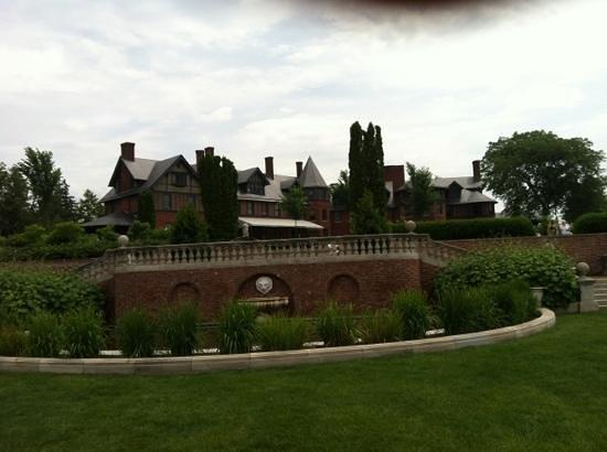 The Inn at Shelburne Farms Restaurant: view of the Inn from the gardens