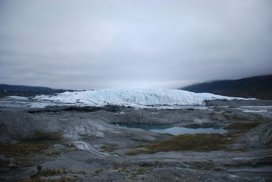 Mica Guides: The head of the glacier where it has receded.
