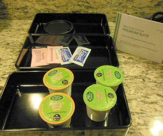 Embassy Suites by Hilton Kansas City-International Airport : Premium coffee selection...!