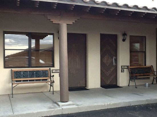 The Lodge On Route 66: Outside doors