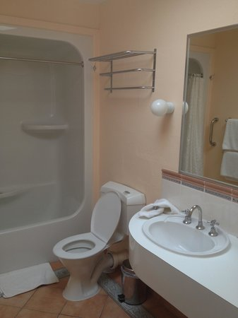 Bay View Villas : bathroom