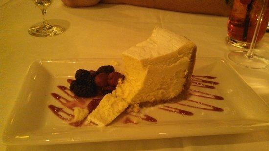 Atlantis Steakhouse at Atlantis Casino Resort Spa: New York Cheesecake