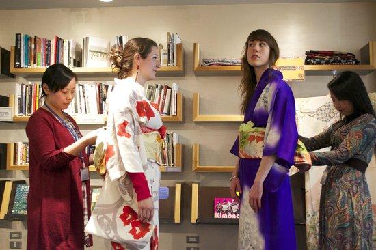 Marunouchi Cafe SEEK : Kimono