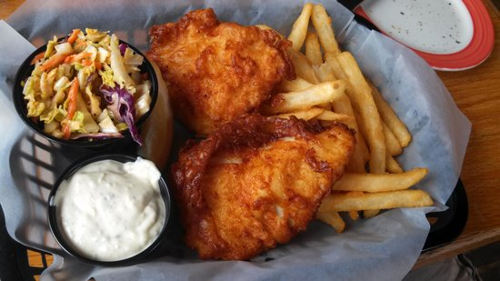 Boat Shed Restaurant: fish and chips