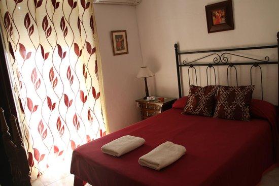 Hostal Trinidad: room Nº 1