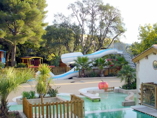 Camping de la treille campground reviews price for Camping cavalaire sur mer avec piscine