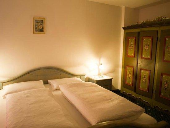 Hotel Olympia: Room