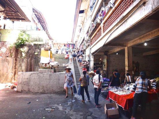 Pasar  Ubud: 値引き交渉をしましょう