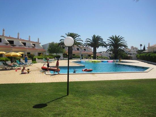Joinal Villas Apartments: Enjoying the pool!