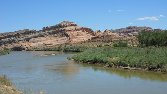 Scenic Byway of Highway 128: Colorado River