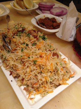 Gazebo Restaurant: Murgh Yakhni Pulao