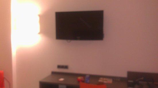 Hotel H2 Ávila: Televisión