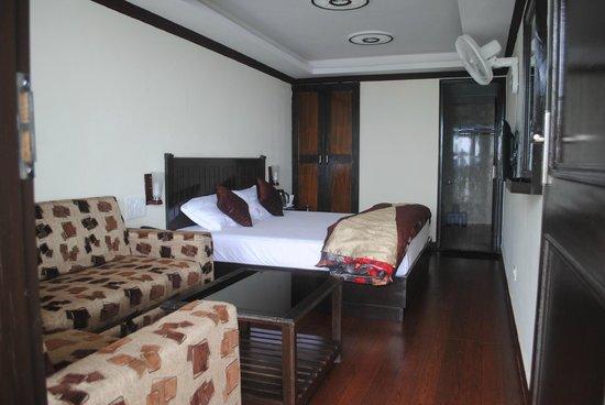Hotel Paradise Continental