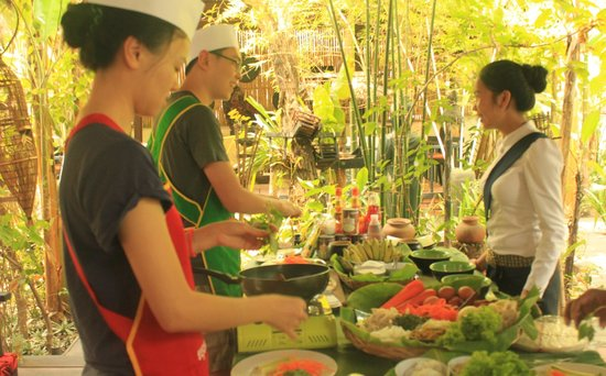 Khmer Dining Cuisine: cookign class
