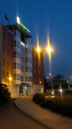 B&B Hotel Valencia Ciudad de las Ciencias: Fachada principal