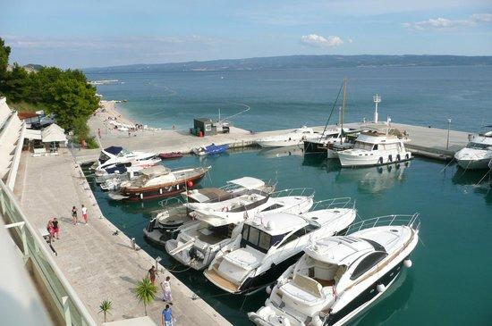 Le Meridien Lav Split: Superior Sea View 4 Etage Ausblick auf Marina