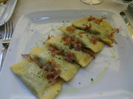 ... peas and mint, topped with pecorino cheese and bacon....delicious and