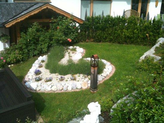 Natur und Wellnesshotel Hoeflehner: Garten