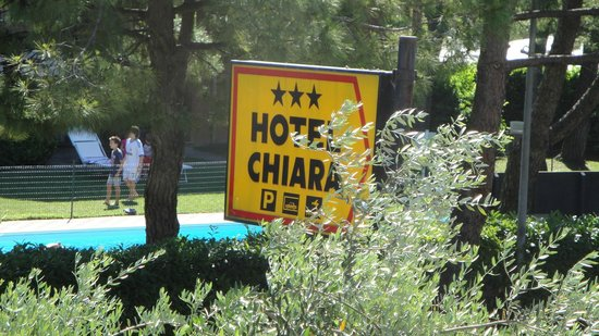 Hotel Chiara Sirmione: vista della camera