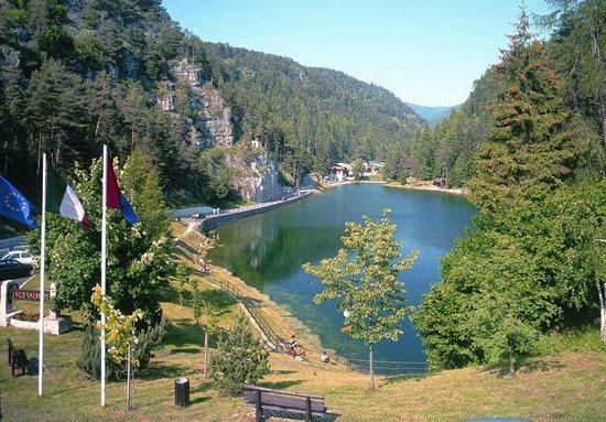 Lago Smeraldo