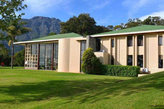 The Hydro at Stellenbosch: Swimming pool, gym and auditorium