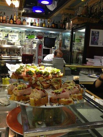 Cafe Bar Bilbao: Pintxos