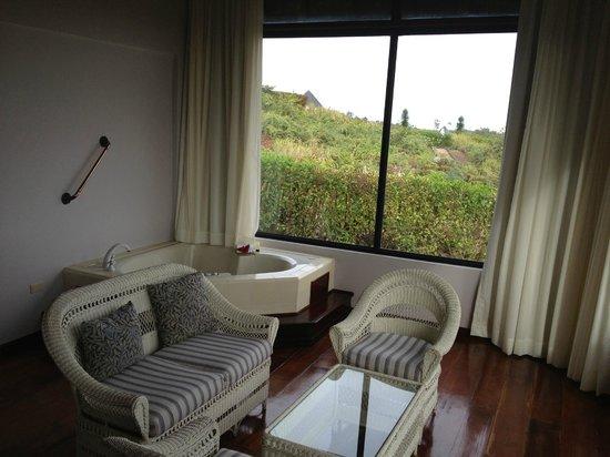 Royal Palm Hotel Galapagos : Jaczzi area
