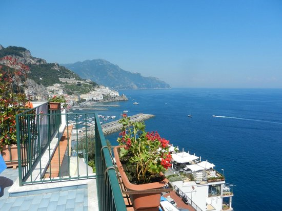 Hotel Il Nido: La vista dal balcone