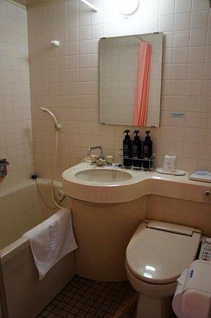 Terminal Hotel Matsuyama: 浴室