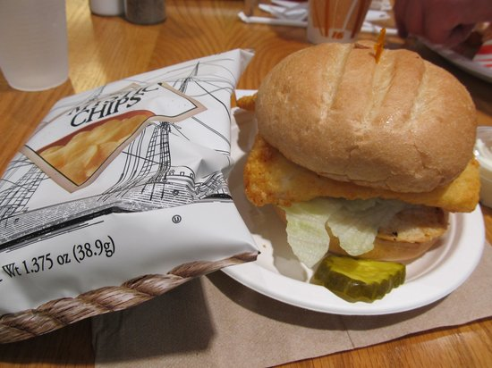 Jake's Seafood: Haddock sandwich