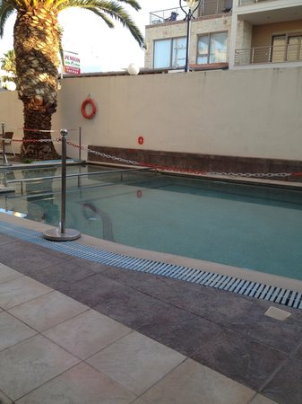 Elinotel Polis Hotel: Πισίνα