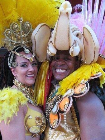 Le Milsa Montreal Est: Les danseurs « brésiliens »...hum...