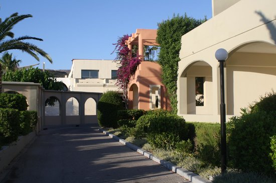 Kipriotis Village Resort: территроия отеля