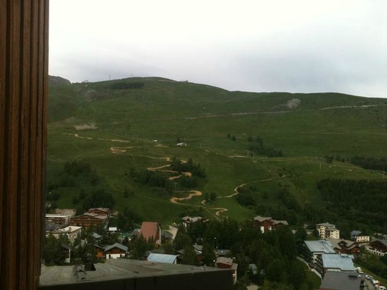 Hotel Turan: The mountainbike/chairlift up the mountainside