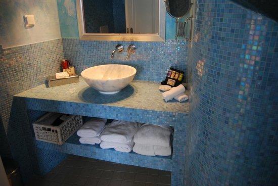 Above Blue Suites: Moonlit Bathroom