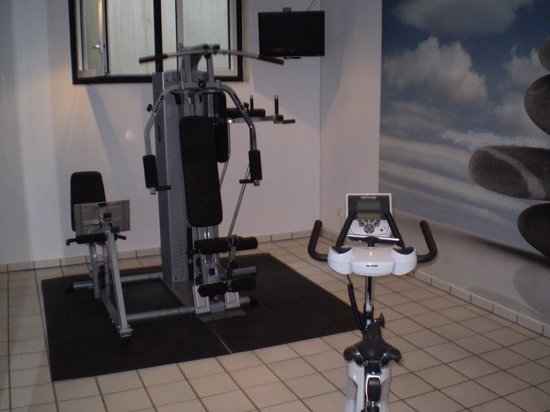 Holiday Inn Berlin City-West: gym1