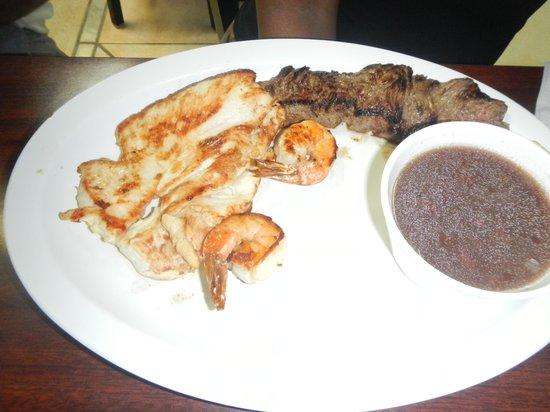 El Atlakat: food
