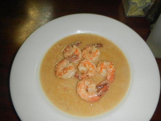 El Atlakat: garlic shrimp
