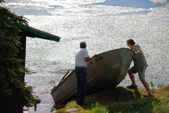 Caribou Lodge Alaska: Watering the boat after winter break